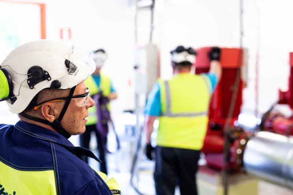 Kolmeks kantaa vastuuta työntekijöistä ja ympäristöstä